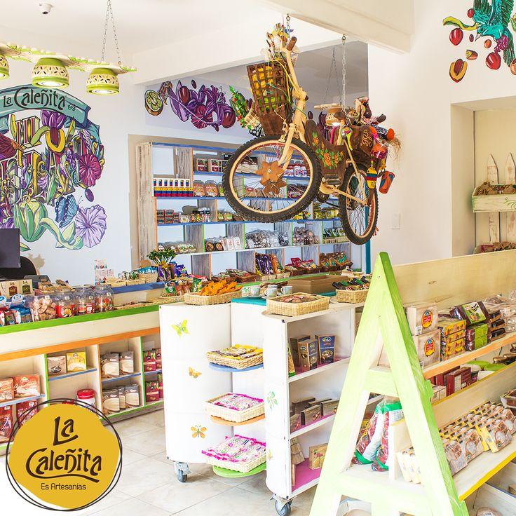 ¿Ya viniste a conocer nuestra sección de Mecato? 💖 🍰😍 #ArtesaniasLaCaleñita #ArtesaniasDeColombia #CafeLaCaleñita