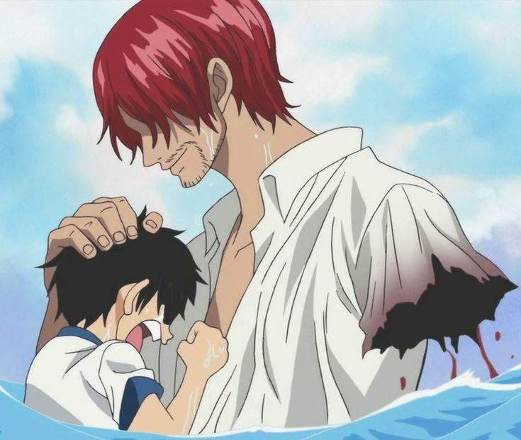 第1話で海で溺れるルフィを助けていたので悪魔の実の能力者ではなさそう