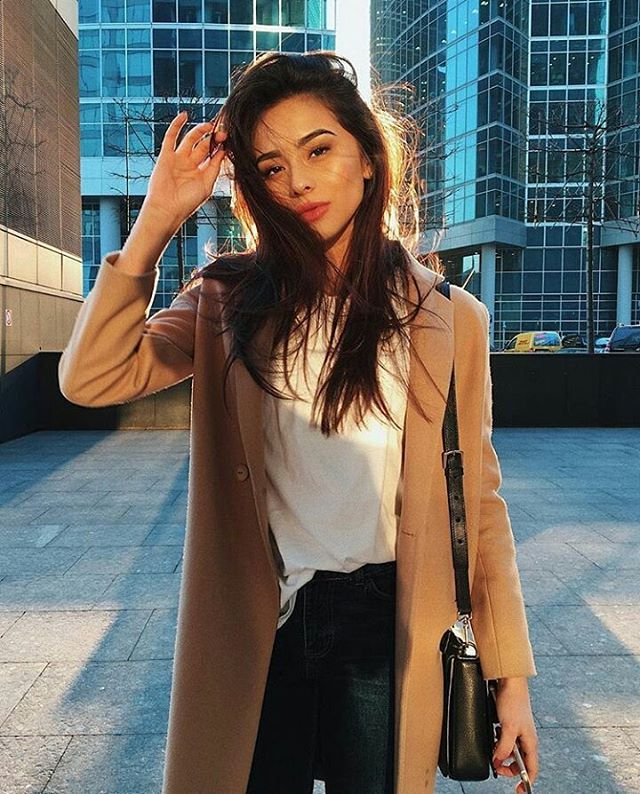 "1,708 Likes, 13 Comments - I Love Street Style (@ilovestreetstyle) on Instagram: ""@diana_korkunova #streetfashion #fashionblogger #ootd #instafashion #style #fashion #streetstyle…"""
