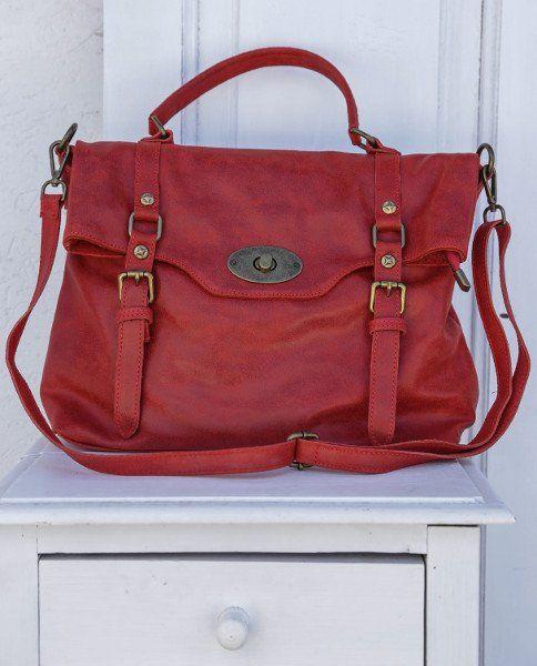 Borsa in pelle color rosso con maniglia e cinturino allungabile per  portarla a tracolla. Borsa