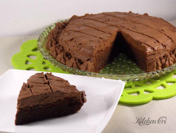 torta cioccolatosa, ricetta dolce veloce e semplice per un peccato tutto al cioccolato