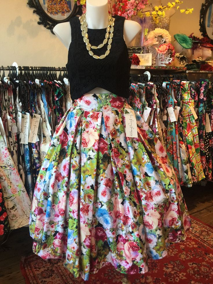Pickings From the Garden Burgundy Double Box Pleated Skirt – GiGi's Fairy Fashion
