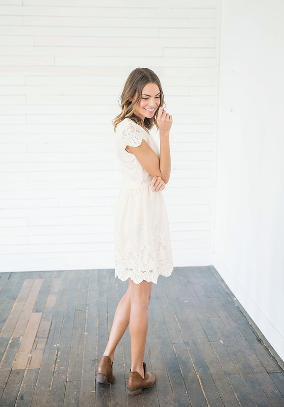 Y-Luciana Soft Peach Lace Dress3