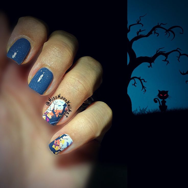 Awaiting the full moon 🌕 #awaiting #thefullmoon #helloween2016 #halloweennailart #nailart #nailpolish #addiction #spookynails #scarycat #bluenails #october #missmoonnailart #adornnails #weeklynailart #gettingreadyforhalloween #midoctober #almostthere #monday #readyfortheweek #mypassion #myhobby #newweek #newnailstyle #lovemynails #scarynails