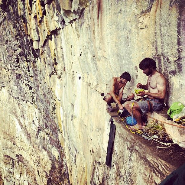 I could never do this - but I think it would be awesome!: Lunch Break, Rock Climbing, Adventure, Lunches, Patagonia, Things, Places, Photo, Rockclimbing