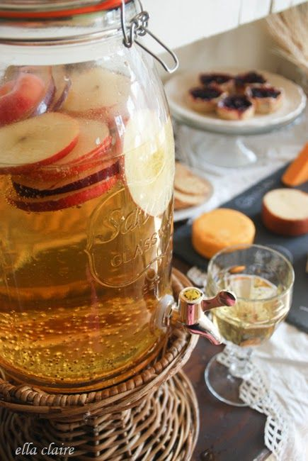 Best 25 fall party foods ideas on pinterest apples for for Fun fall drinks