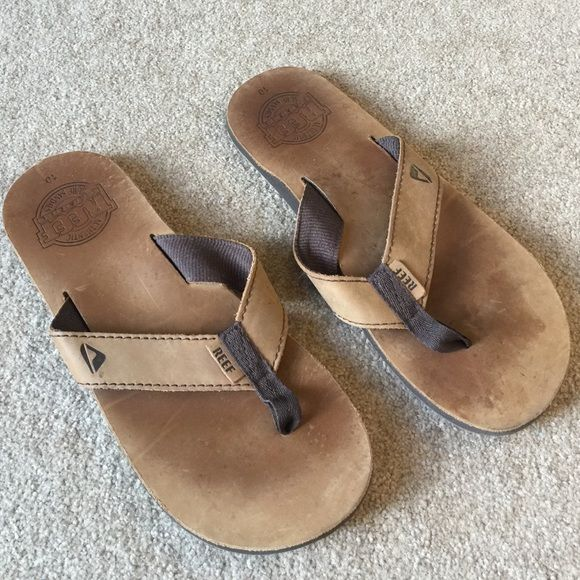 Men's Leather Reef Flip Flops Worn only a few times on vacation. REEF Shoes
