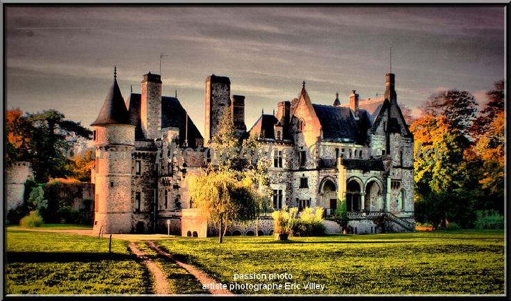 What would Halloween be without its castle... CHÂTEAU DE MARTINVAST by Artiste photographe amateur--ERIC VILLEY