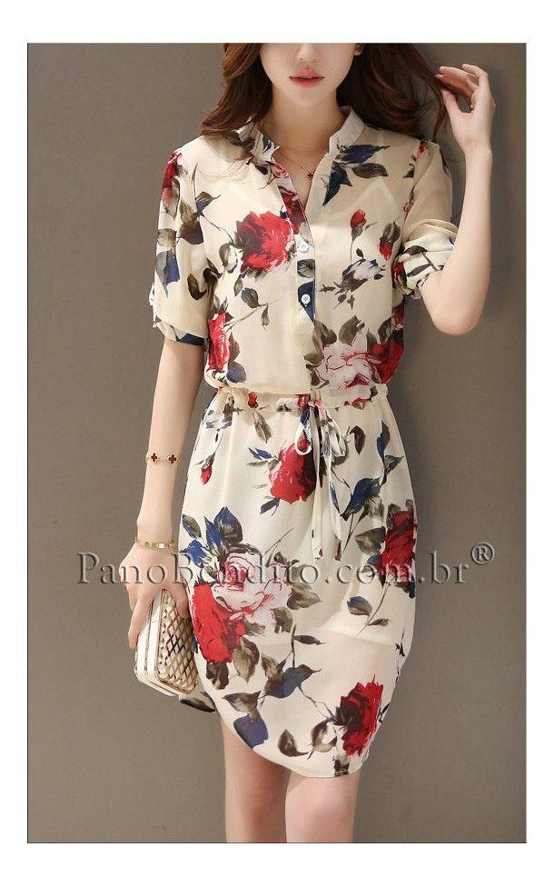 e5e4dfa2d0 Lindo vestido estampado com rosas vermelhas. Delicado e suave para o dia a  dia ou eventos.