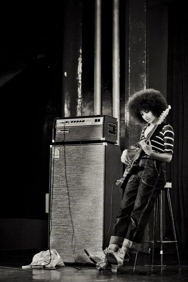 Esperanza Spalding. Inspiring. Saw her this last year on the double bass with Joe Lavoto, Yeeaaahhh!! And yes, she is a grammy winner. No apologies to Justin.