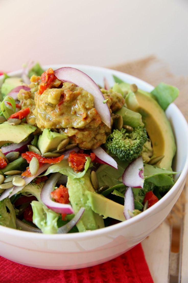 Sundried Tomato and Avocado Salad