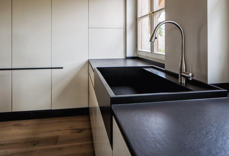 Küche Waschbecken Aus Nero Assoluto // Sonderanfertigung // Planung Und  Ausführung Armellini Design /