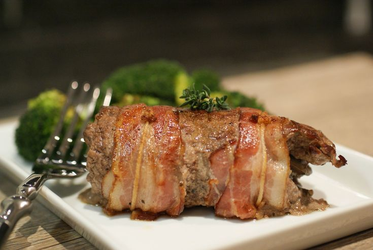 Bacon-wrapped, mushroom-stuff steak!  Looks really fancy pants, but super easy and quick to make