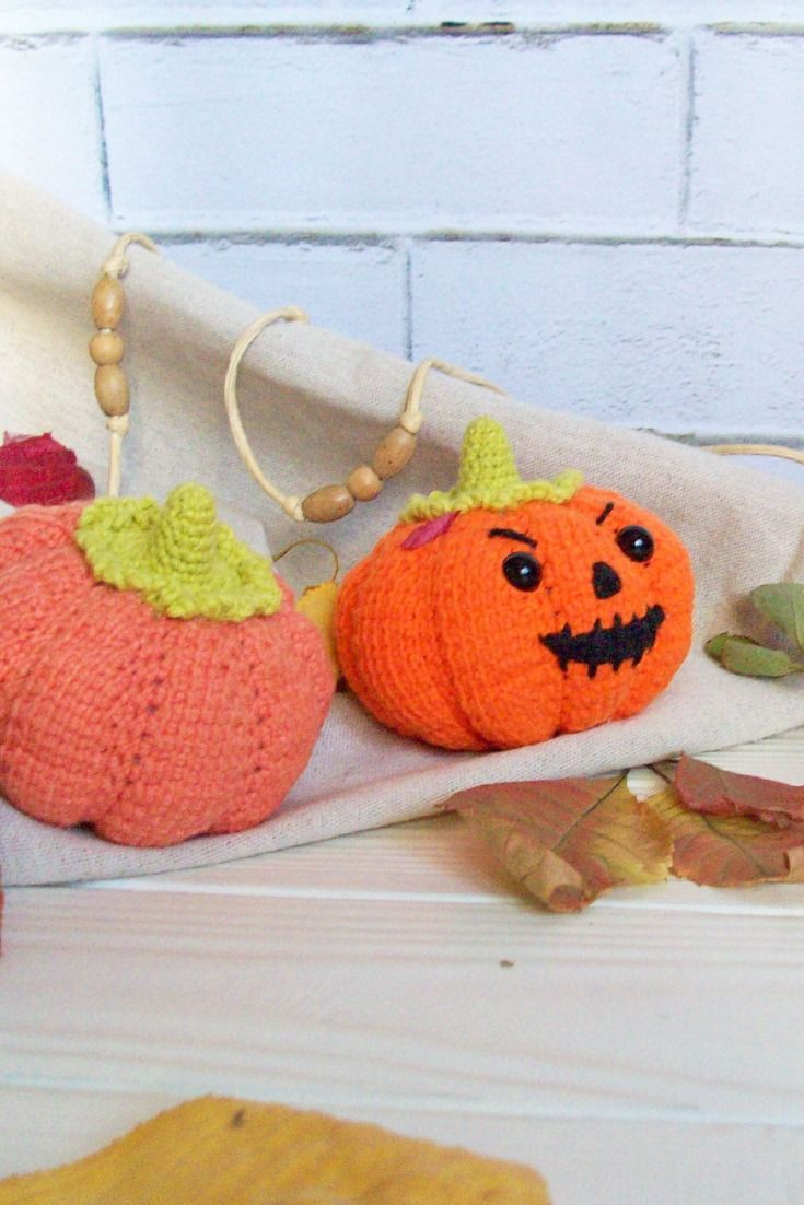 Crocheted Carrot · How To Sew A Vegetable Plushie · Crochet on Cut ... | 1102x735