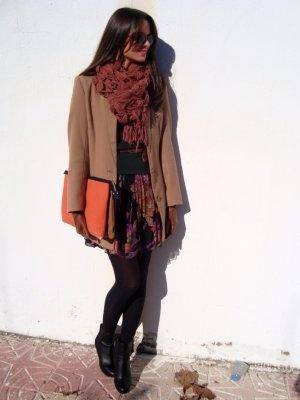 RebecayLauraStyle Outfit   Invierno 2012. Combinar Pañuelo-bufanda Naranja Mango, Cómo vestirse y combinar según RebecayLauraStyle el 4-12-2012