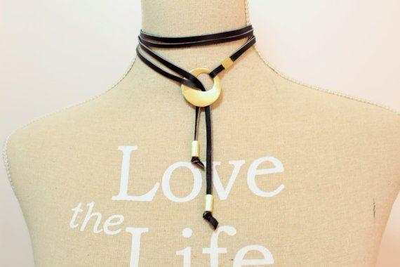 Statement leather necklace Brass Leather Choker Lariat di NoaZen