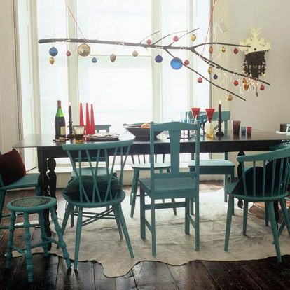 mismatched dining chairs, home decor, painted furniture, mismatched dining chairs from apartmenttherapy com