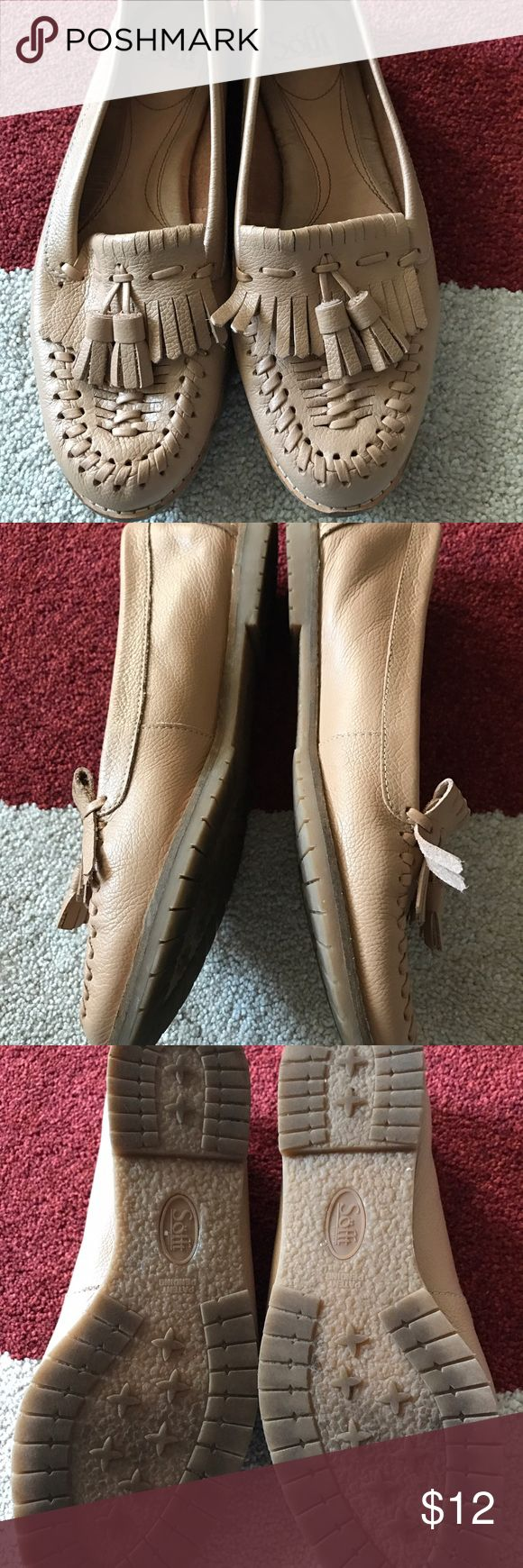Sofft Size 7 tan loafer This is a great brand for comfort. Excellent condition. I just don't wear them like I thought I would. Tan. Leather. Please zoom in on the pics. No issues that I can see. Size 7. Sofft Shoes Flats & Loafers