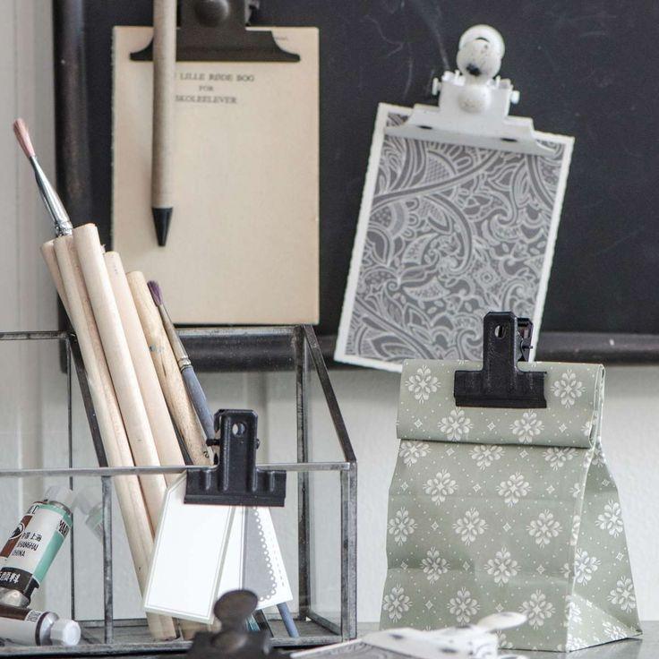 Paperclip grey - Ib Laursen