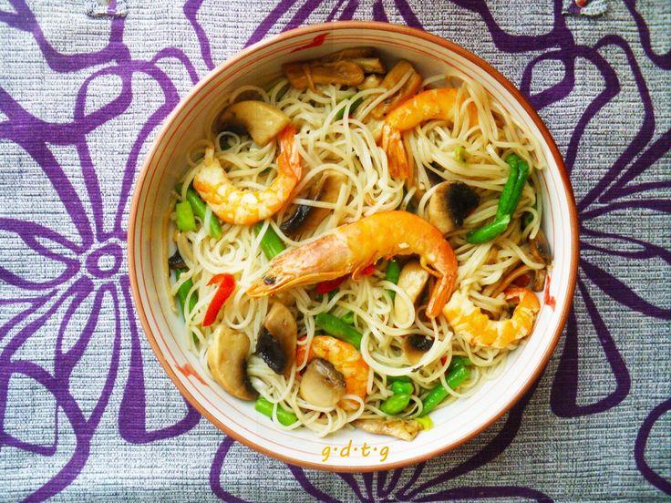Το Ελληνικό Χρέος στη Γαστρονομία: Noodles με γαρίδες, εντυπωσιακό κινέζικο από τα χε...