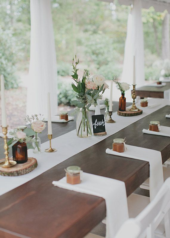 Nappe Effet Bois : Simple Rustic Wedding Table Settings