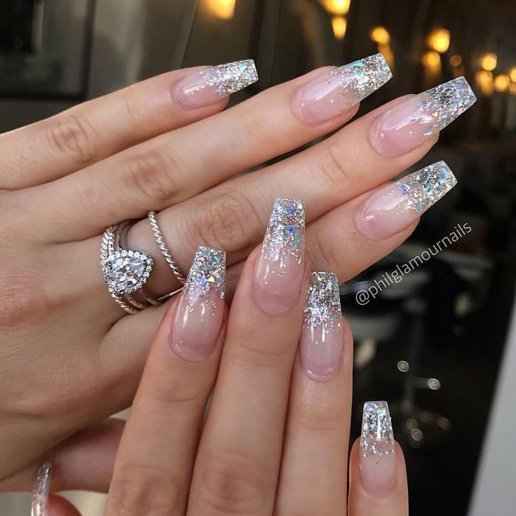"25 +> P H I L L P P on Instagram: ""#glitternails #sparklenails #nailsofinstagram #nails"