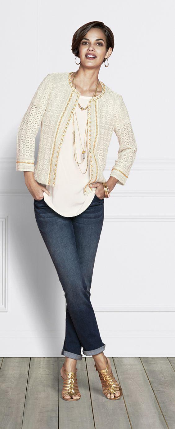 7e71df6d0d3 Tendance Femme 50 ans   Comment être stylé en chaussures avec des jeans 10  Meilleures tenues
