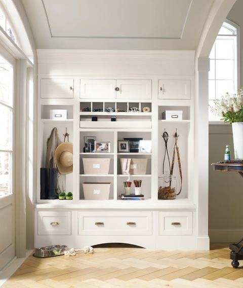Decor cabinets entryway storage home stuff pinterest for Foyer storage ideas