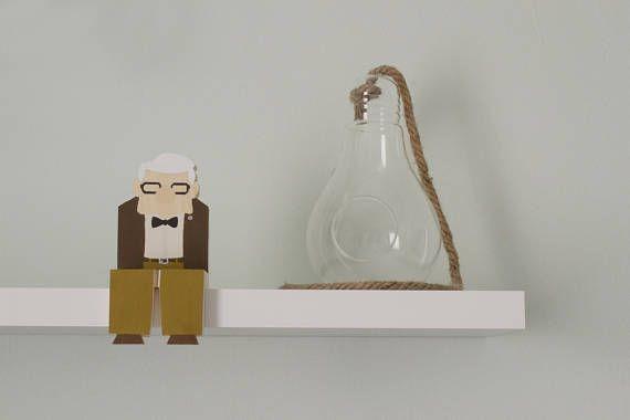 Pixar Up Wooden Figurine Carl and Ellie Popular Character Shelf Decor Walt Disney Pictures