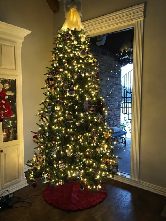 Mariana Spruce Artificial Christmas Tree Balsam Hill In 2020 Balsam Hill Christmas Tree Balsam Hill Spruce Christmas Tree
