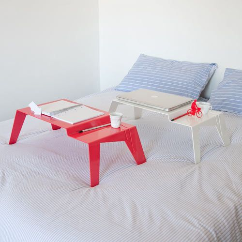 This is such an awesome bed tray. Perfect for laptops, reading, drawing, and eating! I love the simplistic design and color as well.