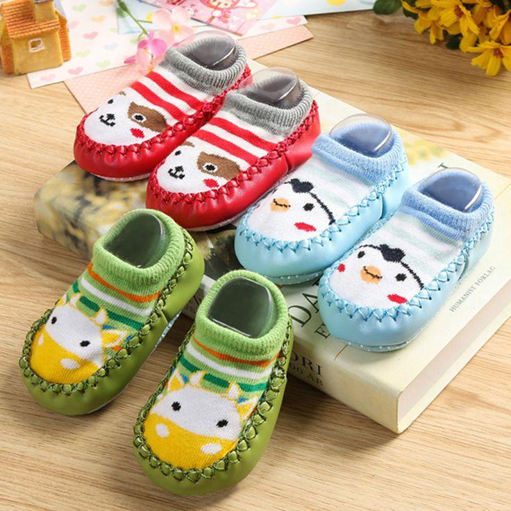 Bébé chaussures chaussettes Enfants Infantile de Bande Dessinée Chaussettes Bébé Cadeau Enfants Chaussettes de Plancher Intérieur En Cuir Semelle Antidérapante Serviette Épaisse chaussettes