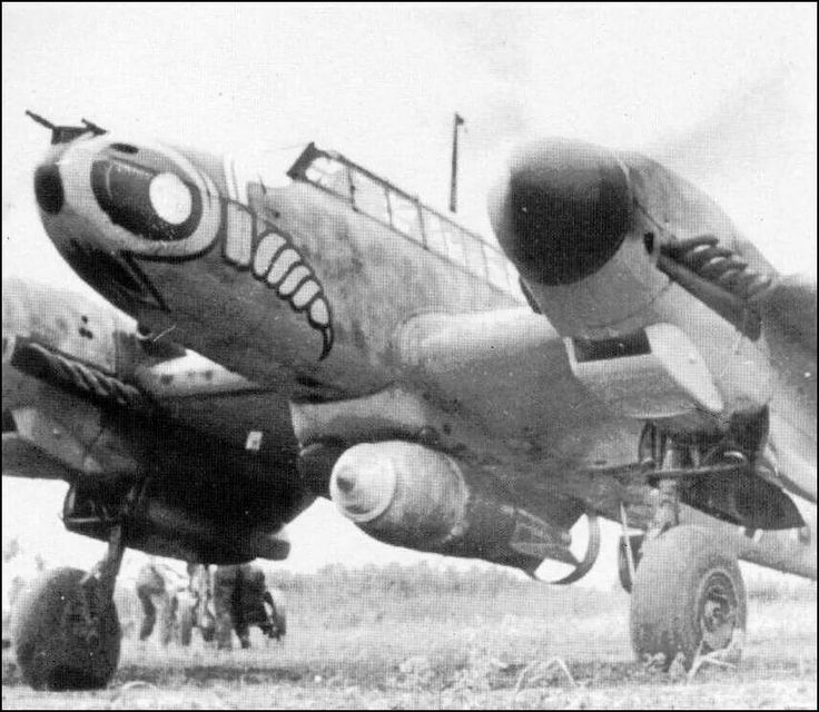 bf 110g of zg1 wespen with large bomb aviation ww2 earlier pinterest. Black Bedroom Furniture Sets. Home Design Ideas