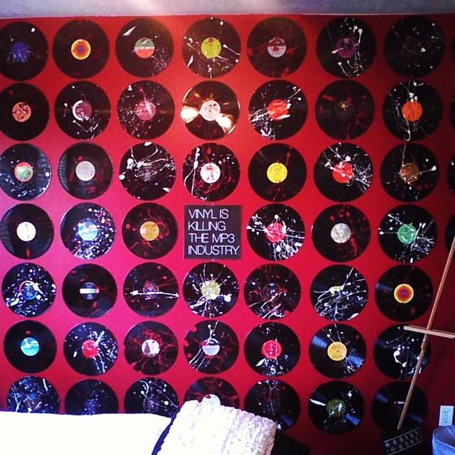 Using Old Vinyl Records To Create Art For My Wall