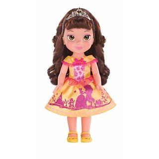 """Życzenia małych księżniczek mogą stać się rzeczywistością z lalką Bella z filmu """"Piękna i Bestia""""! #Bella #PięknaiBestia #zabawka"""