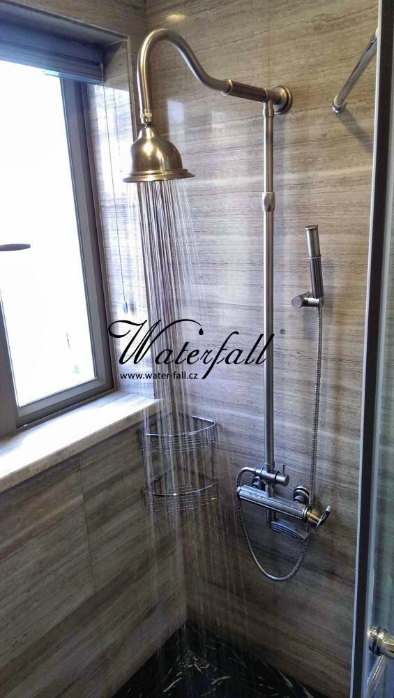 Mosazná sprcha http://www.water-fall.cz/cz/koupelnove-baterie-luxusni-kuchynske/koupelnove-serie/roma/