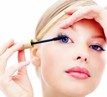 List of best smudge proof mascara