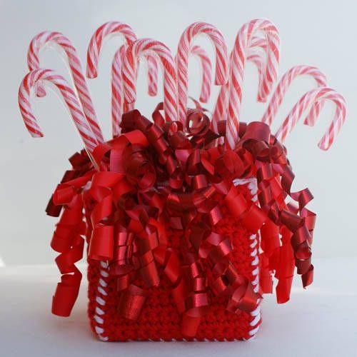 Christmas Candy Cane Dispenser - crochet DIY