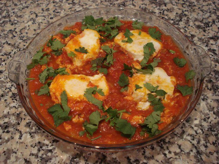 Tomatada com Ovos Escalfados (Eggs in Purgatory)