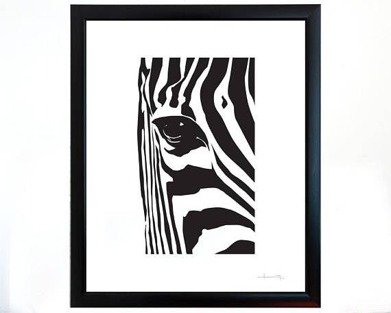 Equus zebra o cebra de montaña se caracteriza por sus rayas blancas, ya que en realidad las cebras son de color negro, y una característica que llama la atención es que no hay dos con patrones de líneas iguales. Esta exótica ilustración no es la excepción y es mi interpretación sobre un bello detalle que nos ofrece la naturaleza.