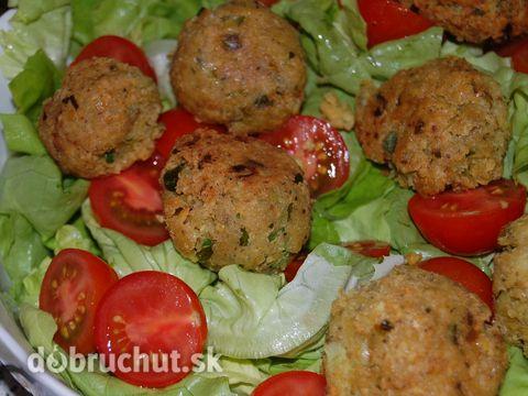 Fotorecept:+Cícerové+fašírky+(Falafel)+so+šalátom