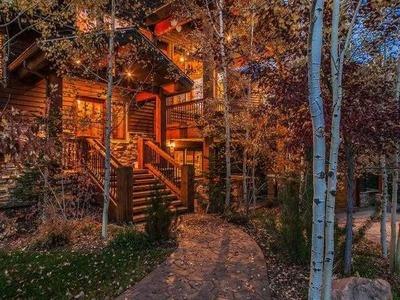 Winter Woodlands In Park City UT Cabin Leaves Log