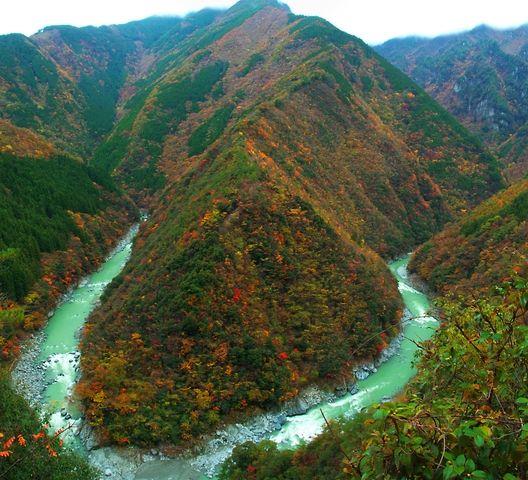 Iyakei (valley). Looking for more information about Tokushima? Go Visit Tokushima  sightseeing Association.  https://www.awanavi.jp