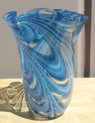 New 11 Hand Blown Glass Murano Art Style Vase Blue Handkerchief Ruffle Fluted
