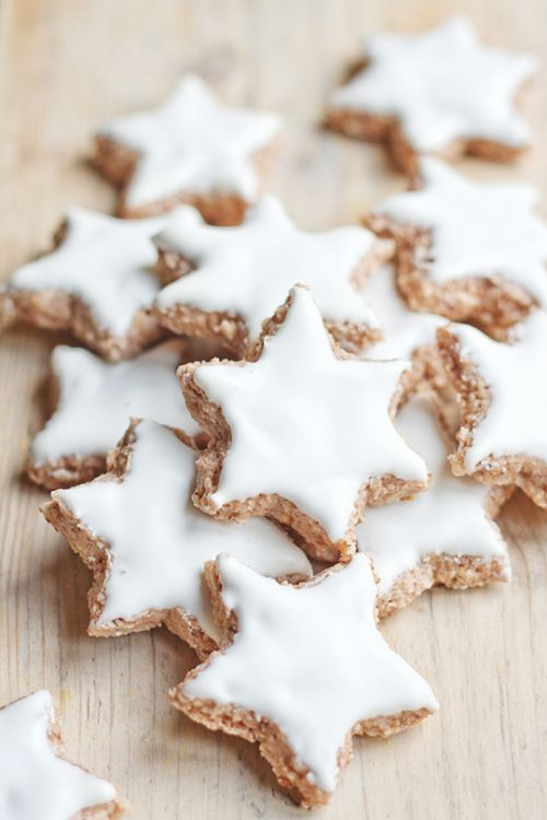 christmas mini biscuits