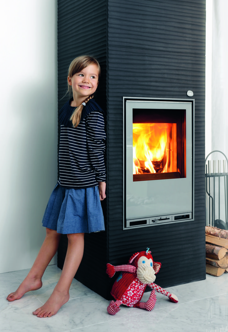 AALTO 2: More than just heat, Tulikivi stoves provide a warm family atmosphere in your home!
