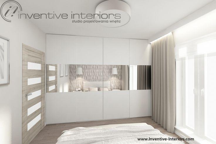 Projekt sypialni Inventive Interiors - biała szafa z lustrami w sypialni