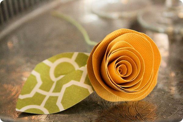 paper flower: Paper Rose, Paper Flower Tutorials, Rolls Paper Flower, Escort Cards, Cool Crafts, Paper Flowers, Make Paper, Jones Design Company, Flower Types