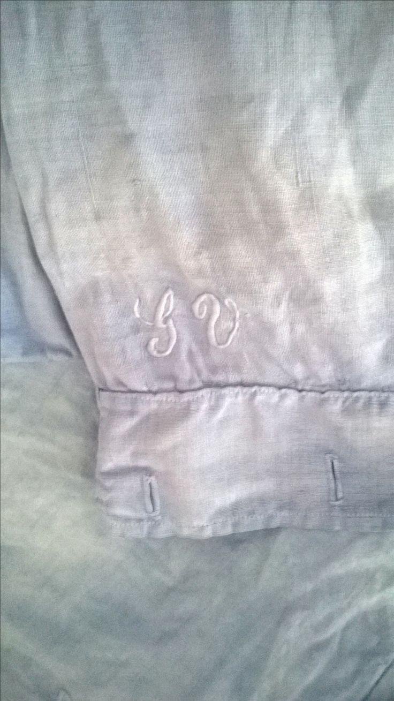 Vecchie lenzuola della nonna ricolorate