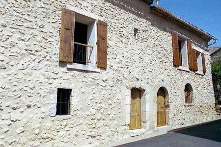 Vyhraj noc v Loue Maison pour 5 pers à 5' du lac d'Esparron - Domy k pronájmu v Esparron-de-Verdon na Airbnb!